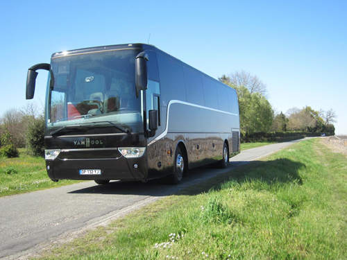 Rent a coach in Bordeaux