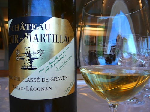 White wine tasting from Pessac Leognan